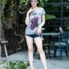 เสื้อยืดคอกลมสกีนลายการ์ตูน สกีนลาย Vogue