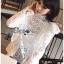 เสื้อผ้าคอตตอนสีขาวทรงคอสูงฉลุลาย thumbnail 11