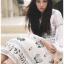 เดรสสีขาวปักและตกแต่งลายดอกไม้สไตล์โบฮีเมียน thumbnail 4