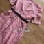 เดรสผ้าลูกไม้สีชมพูตกแต่งริบบิ้นสีดำ thumbnail 18