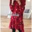 เดรสผ้าเครปสีแดงพิมพ์ลายดอกไม้ thumbnail 1
