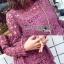 เดรสผ้าลูกไม้สีชมพูฟูเชียตกแต่งระบายเลเยอร์ thumbnail 8