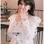 เสื้อผ้าคอตตอนสีขาวทรงคอสูงฉลุลาย thumbnail 1