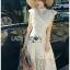 เดรสเกาหลี พร้อมส่ง เดรสผ้าลูกไม้ สีขาวทรงคอสูงตกแต่งระบาย thumbnail 13