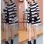 พร้อมส่ง เสื้อคลุมตัวยาวลายเส้นขาวสลับดำ เสื้อผ้าเกาหลี thumbnail 3