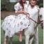 เดรสเกาหลี พร้อมส่ง ชุดเดรส ผ้าคอตตอนสีขาวปักลายดอกไม้ thumbnail 5